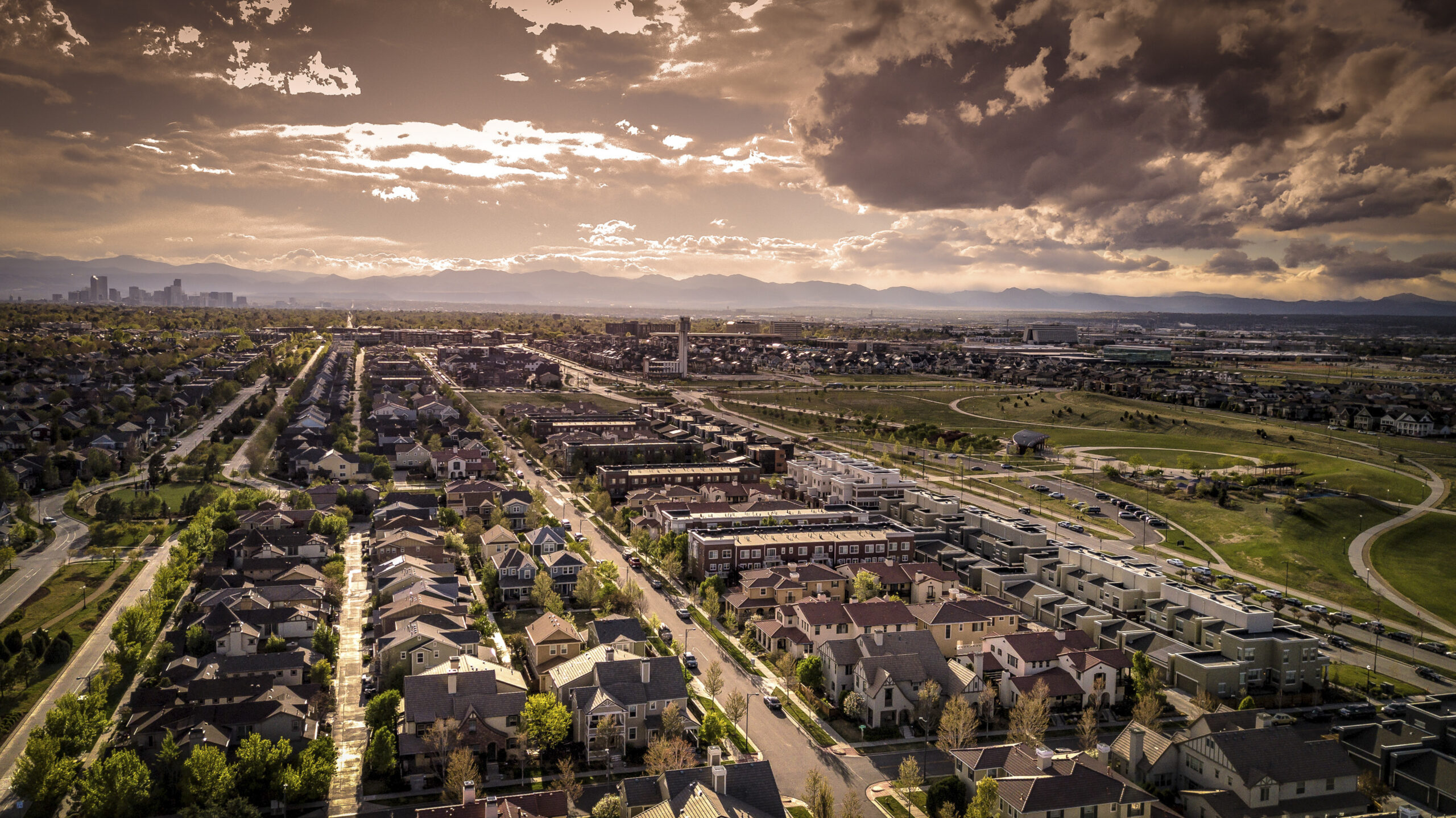 Opinion: How to End the War Over the Future of the Suburbs